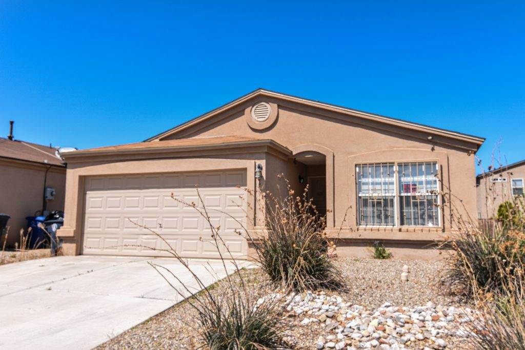 9409 Valle Caldera Road SW, Albuquerque, NM 87121